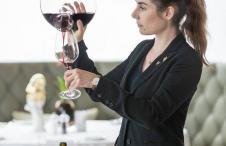 victoria_jungfrau_news_tips_daniela_wuethrich_swiss wine